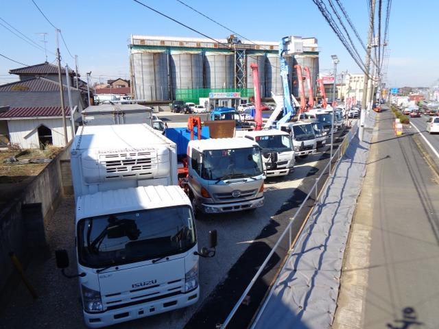 オーテックプラス トラック専門店